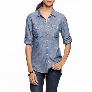 J. Crew Two-Pocket Chambray Button Down Shirt(XXS)